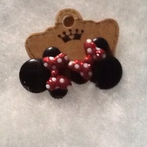 BN Exclusive Disney Boutique Minnie Mouse Earring